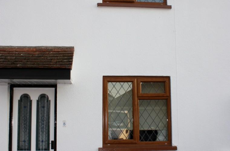 wide-shot-wood-effect-upvc-window