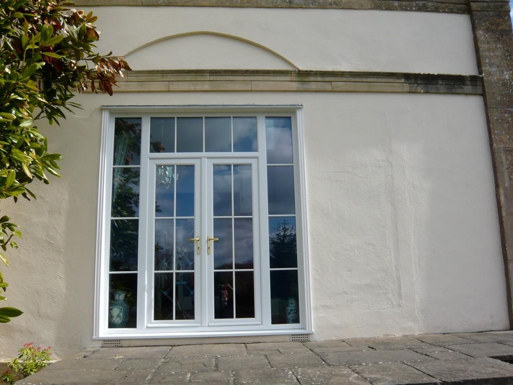 Georgian Style Bar Windows In Somerset